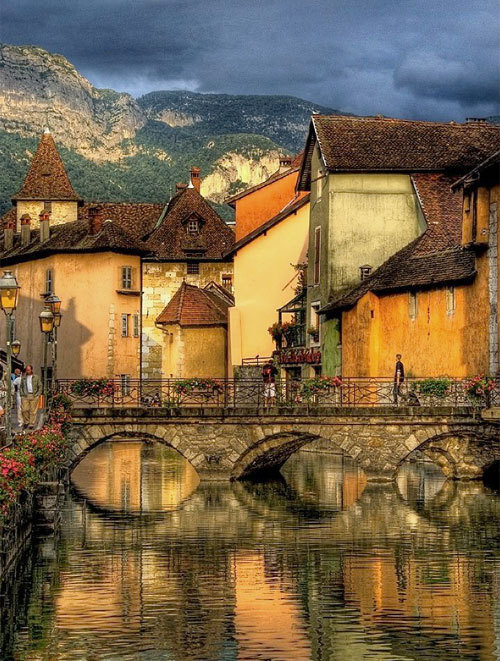Canal Bridge, Annecy, France
