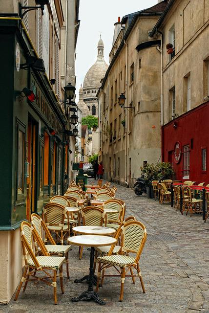 Streetside cafe in Montmartre, Paris, France