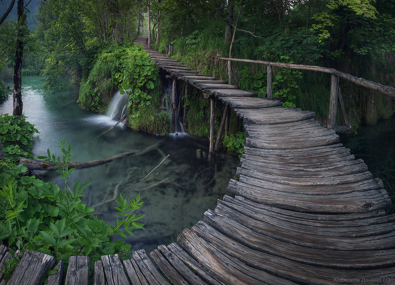 Wooden path in Plitvice Lakes National Park, Croatia