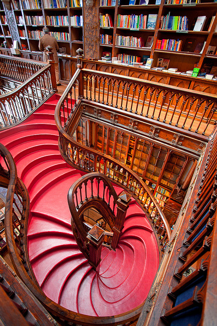 Lonely Planet classified this bookshop as the third best bookshop in the world, Livraria Lello & Irmao in Porto, Portugal