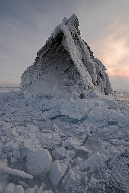 Ice-capped cliff in Maloe-More, Lake Baikal, Russia